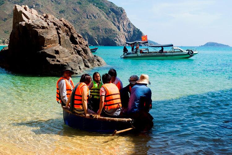 Top 12 bãi biển quy nhơn tuyệt đẹp để check in - 9