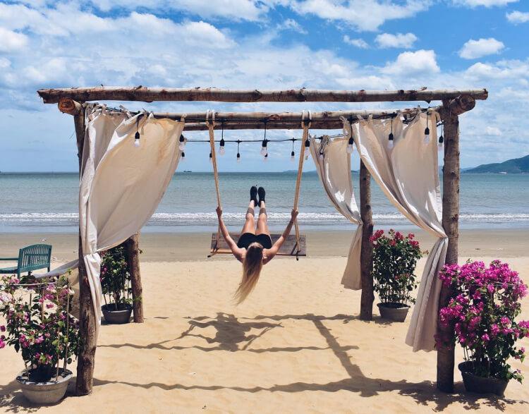 Điểm danh 8 bãi biển đẹp tựa thiên đường tại quy nhơn - 1